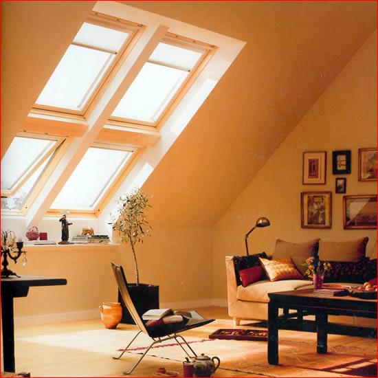 Velux tende avvolgibili finestre per tetti persiane for Velux tetto in legno
