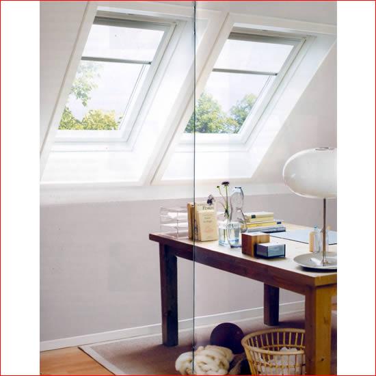 Velux tende avvolgibili finestre per tetti persiane - Quanto costa una finestra velux ...